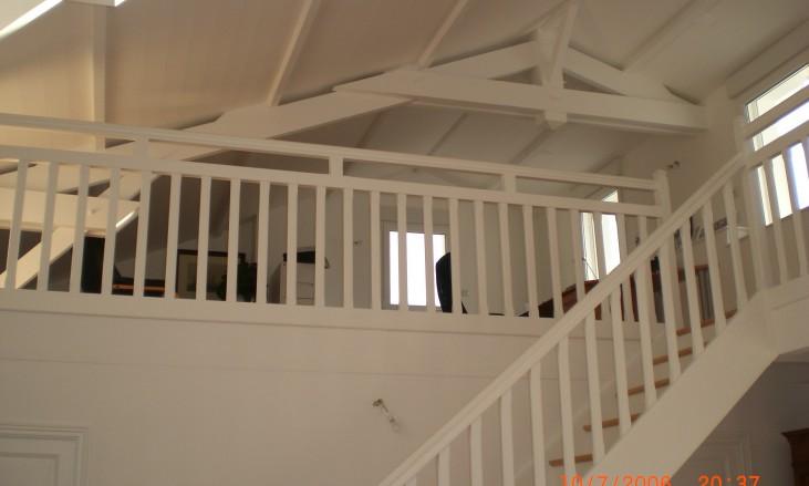 sur l vation d 39 une maison en parpaings et r novation civel civel. Black Bedroom Furniture Sets. Home Design Ideas